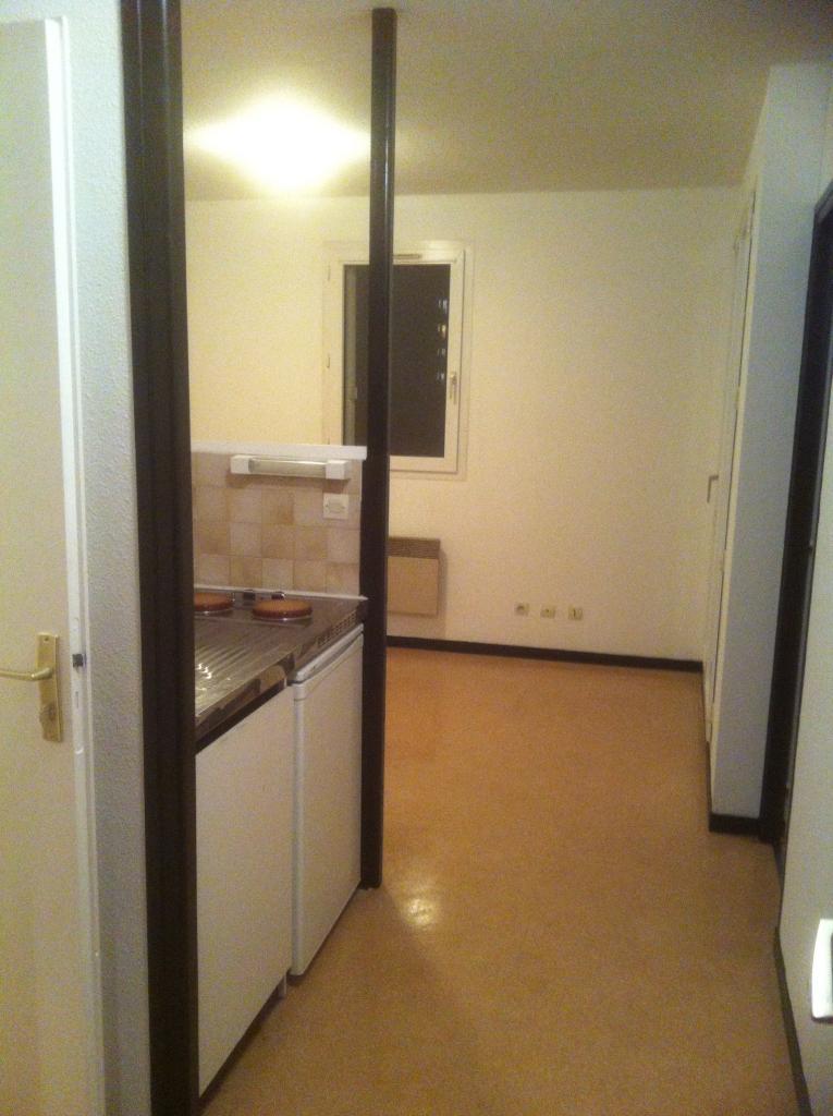 Location immobilière par particulier, Pau, type appartement, 33m²