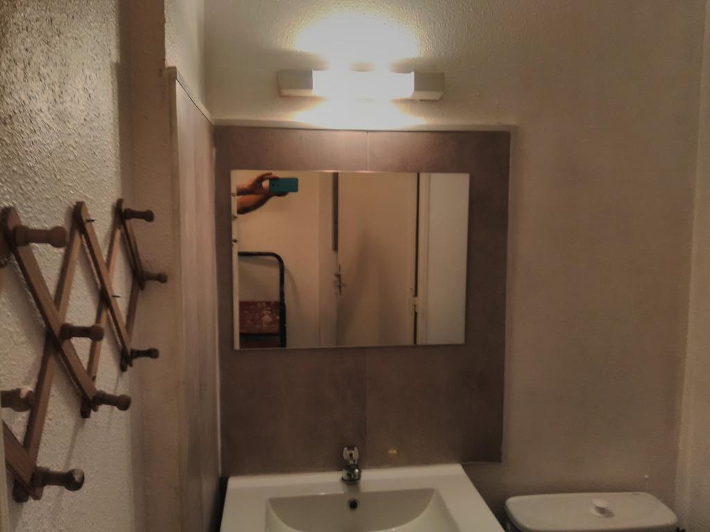 location de studio de particulier toulouse 400 19 m. Black Bedroom Furniture Sets. Home Design Ideas
