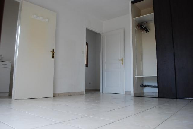 Location appartement T1 Sain Bel - Photo 1