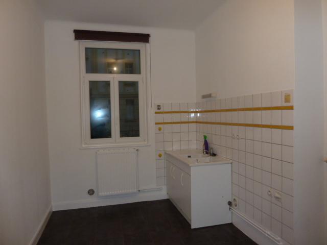 location d 39 appartement t2 de particulier particulier metz 510 50 m. Black Bedroom Furniture Sets. Home Design Ideas