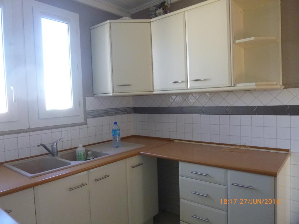 location d 39 appartement t4 de particulier nimes 595 66 m. Black Bedroom Furniture Sets. Home Design Ideas