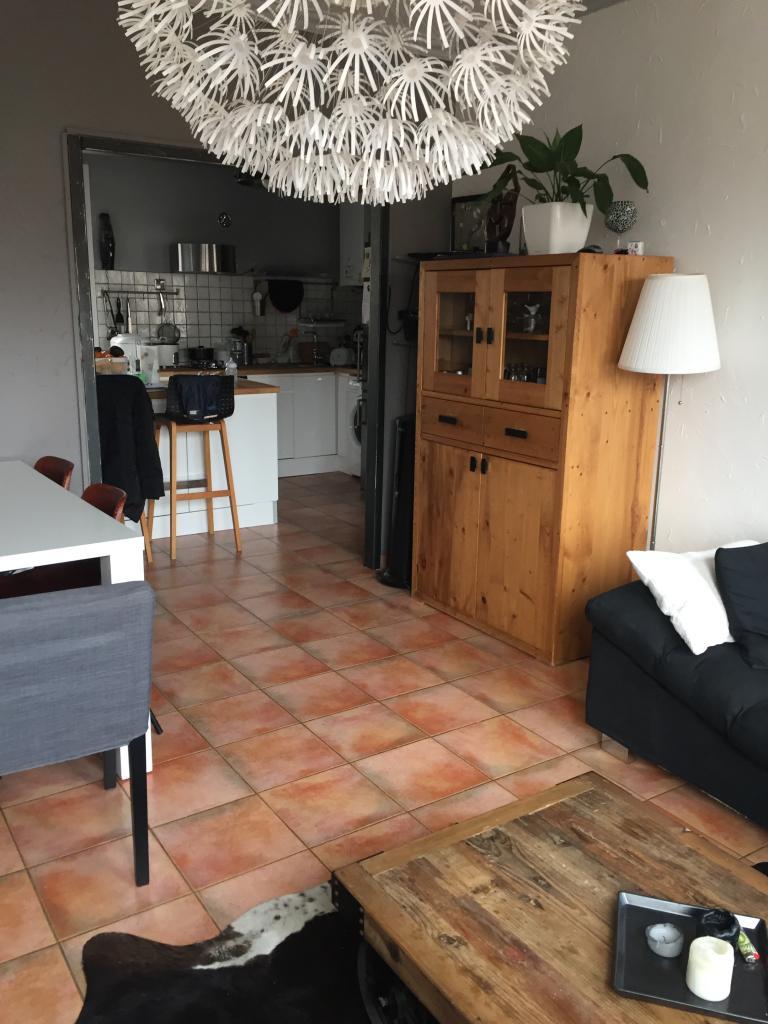 location d 39 appartement t4 sans frais d 39 agence sete 720. Black Bedroom Furniture Sets. Home Design Ideas