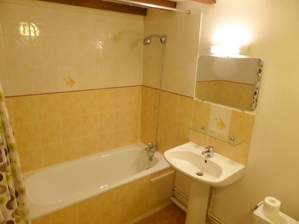 Location d 39 appartement t2 de particulier lille 455 - Station essence porte des postes lille ...