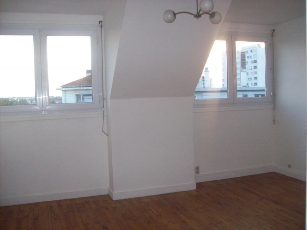 location d 39 appartement t2 de particulier particulier nantes 580 52 m. Black Bedroom Furniture Sets. Home Design Ideas