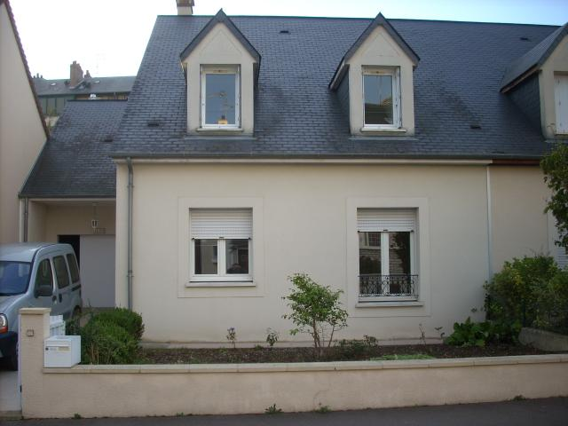 Location maison F7 Le Mans - Photo 1