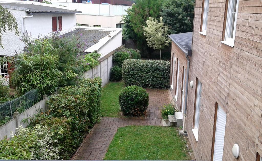 Location d 39 appartement t2 entre particuliers montargis 500 40 m - Entretien jardin locataire ...