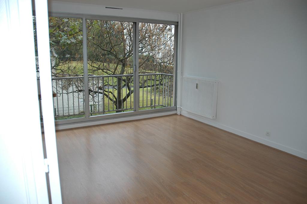 Location d 39 appartement t2 de particulier particulier for Location garage mons en baroeul