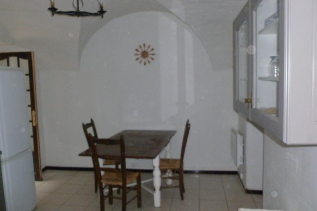 Appartement particulier, maison, de 120m² à Salsigne