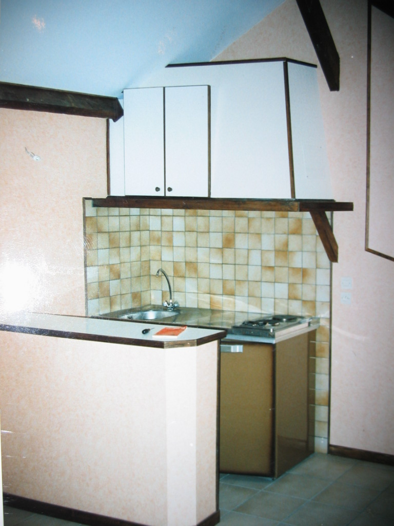 location de studio de particulier melun 520 31 m. Black Bedroom Furniture Sets. Home Design Ideas