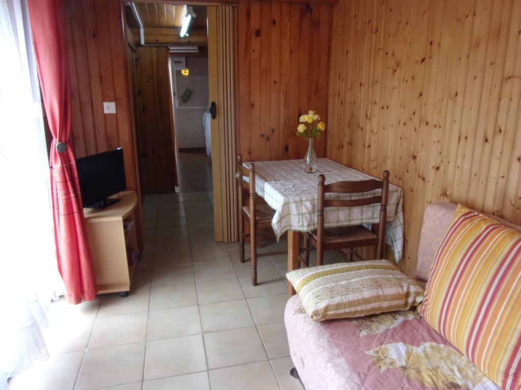 location d 39 appartement t1 meubl de particulier st malo 370 25 m. Black Bedroom Furniture Sets. Home Design Ideas