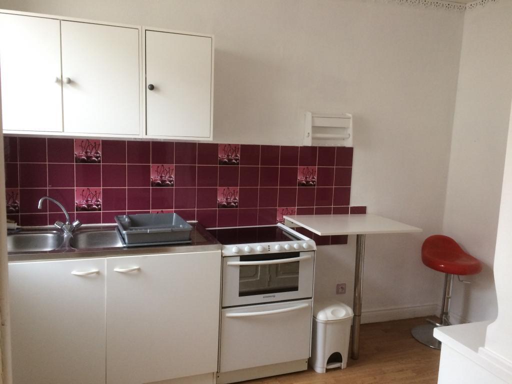 location d 39 appartement t3 de particulier particulier reims 700 55 m. Black Bedroom Furniture Sets. Home Design Ideas