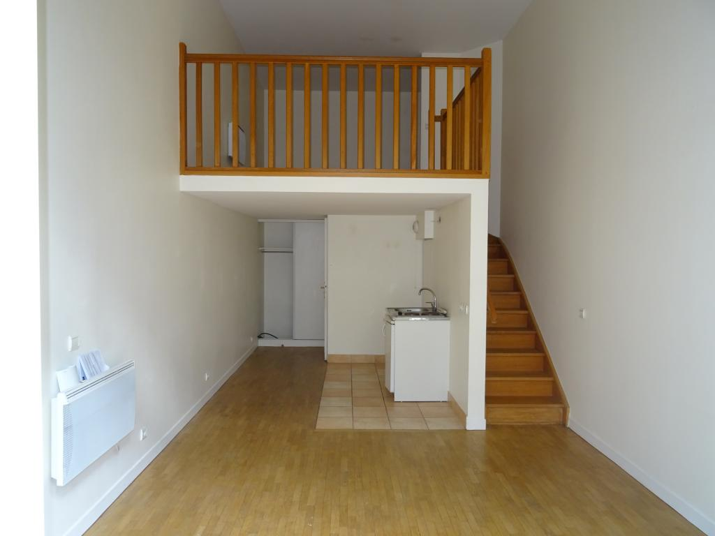 location d 39 appartement t2 entre particuliers montrouge 1010 37 m. Black Bedroom Furniture Sets. Home Design Ideas