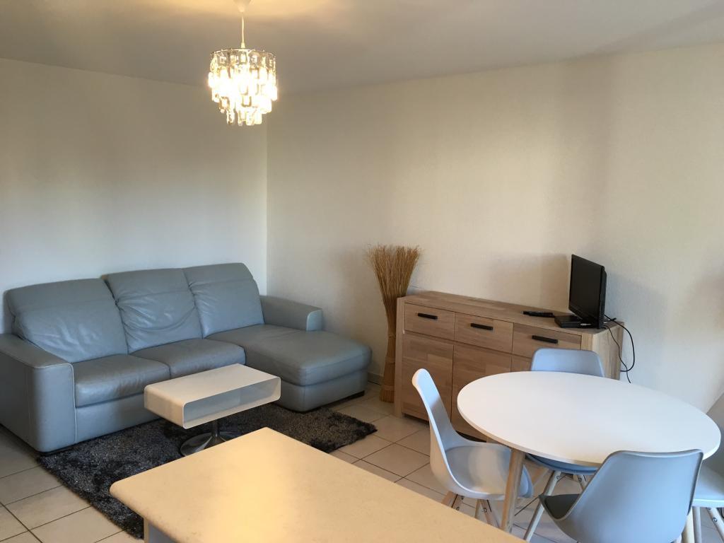 Location d 39 appartement t2 meubl de particulier castres for Location d appartement meuble