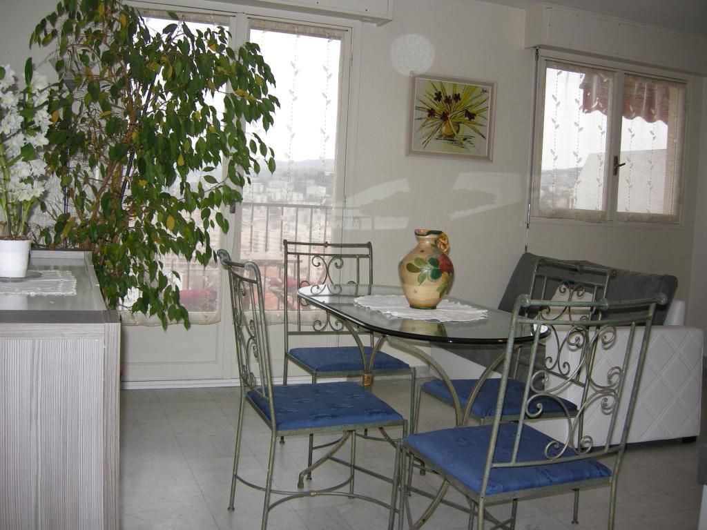 Location d 39 appartement t1 meubl de particulier nice for Location appartement meuble nice