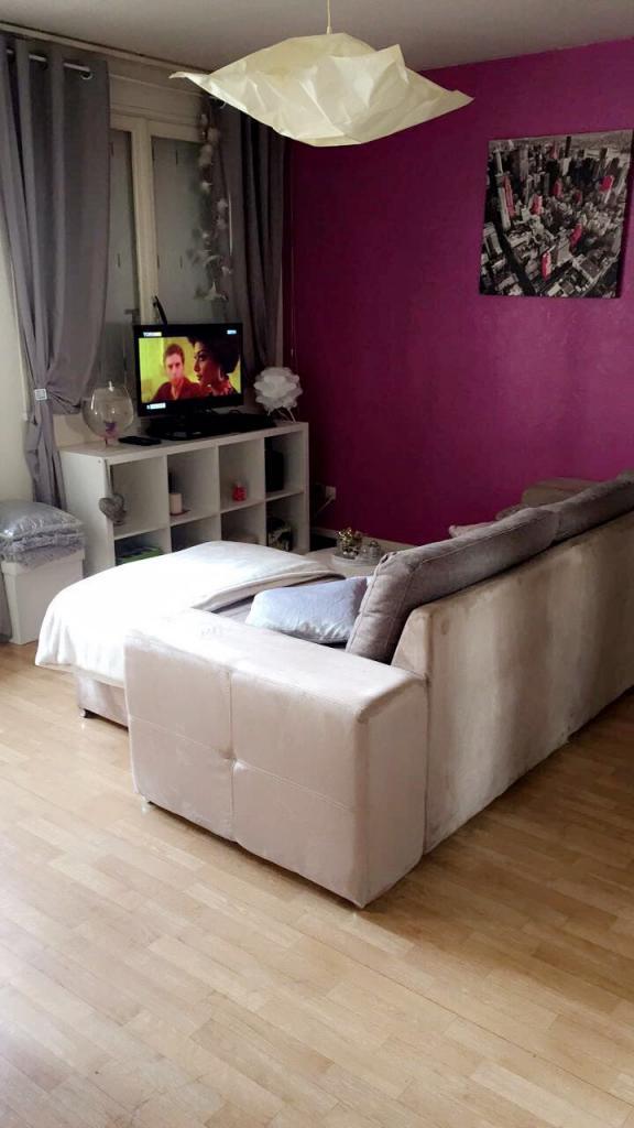 location de studio meubl de particulier dijon 450 30 m. Black Bedroom Furniture Sets. Home Design Ideas