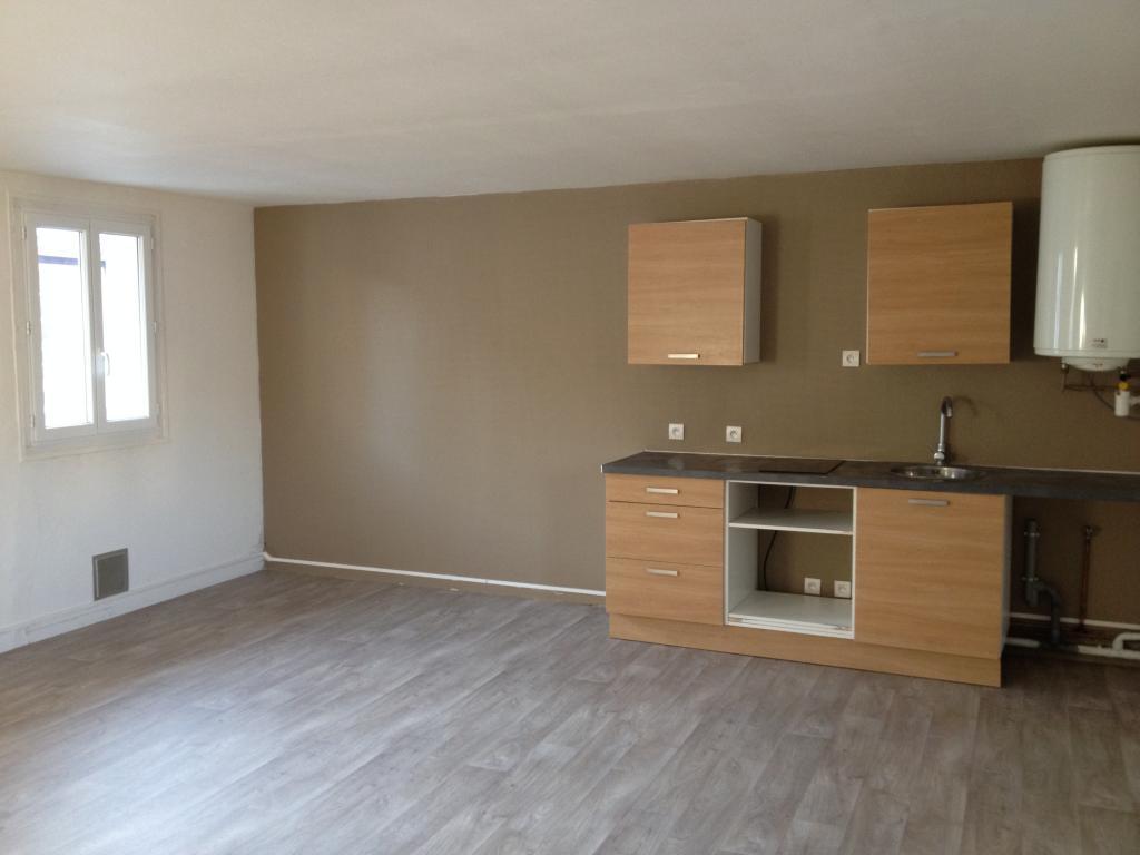 location d 39 appartement t2 de particulier particulier rouen 530 45 m. Black Bedroom Furniture Sets. Home Design Ideas