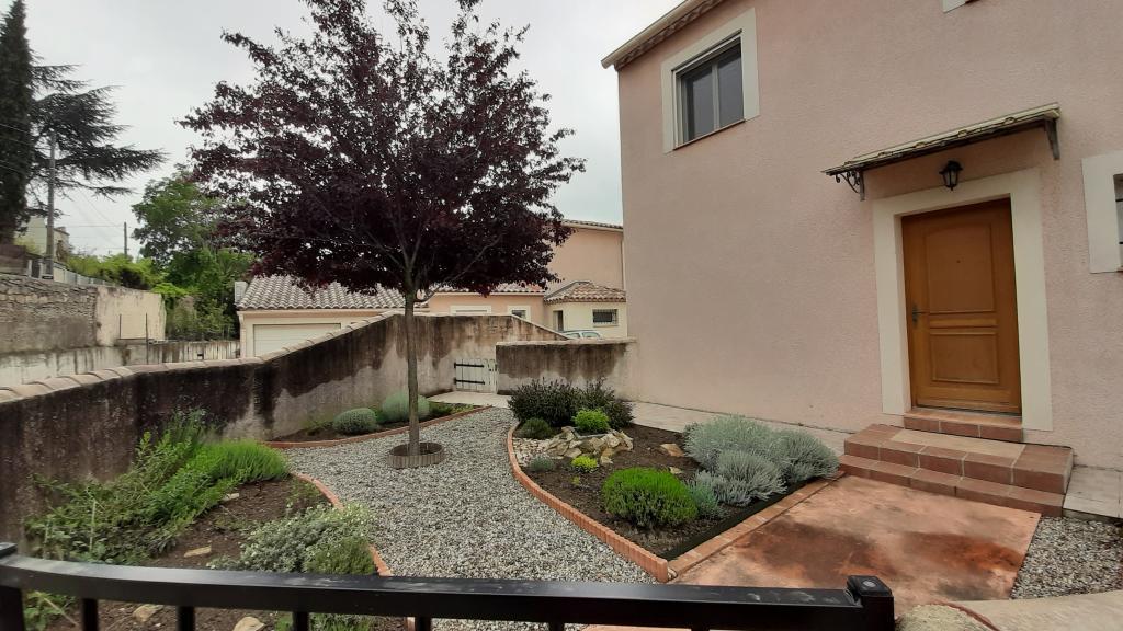 Location de maison f4 de particulier particulier for Garage paulus bagnols sur ceze