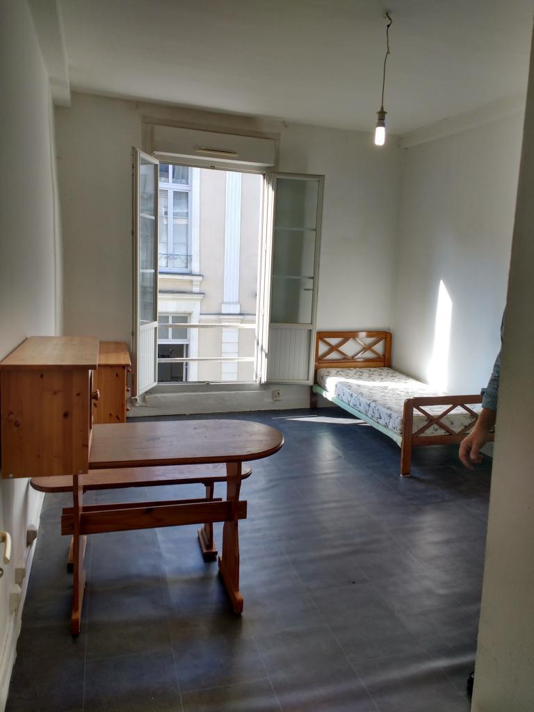 Location de studio sans frais d 39 agence angers 320 24 m - Location studio meuble angers ...