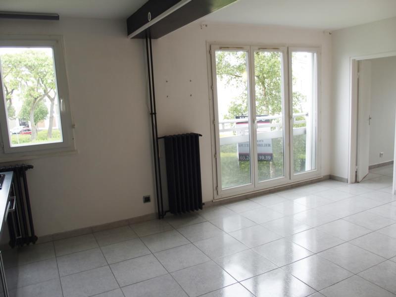 location d 39 appartement t3 de particulier particulier reims 640 61 m. Black Bedroom Furniture Sets. Home Design Ideas