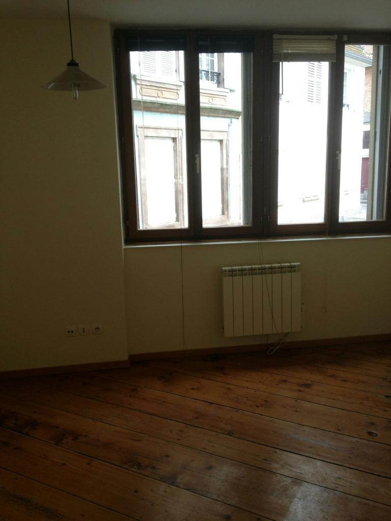 location d 39 appartement t3 sans frais d 39 agence strasbourg 620 42 m. Black Bedroom Furniture Sets. Home Design Ideas