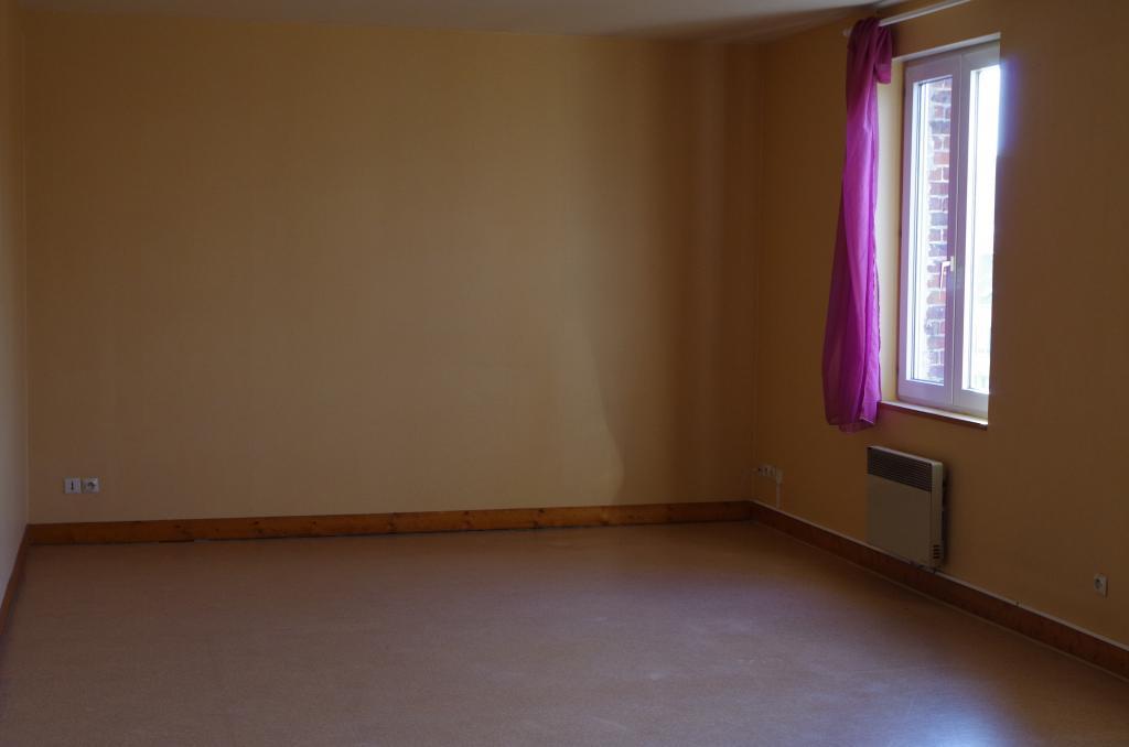 Particulier location Esches, appartement, de 80m²