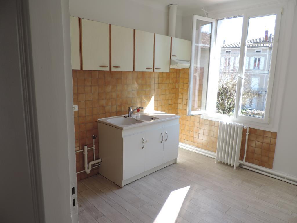 Appartement particulier, appartement, de 70m² à Agen