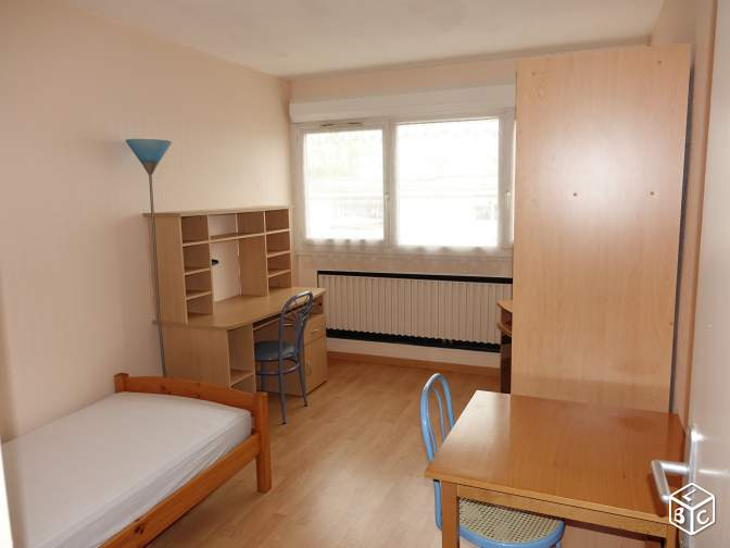 Studio de 19m2 louer sur bordeaux location appartement for Louer studio a bordeaux