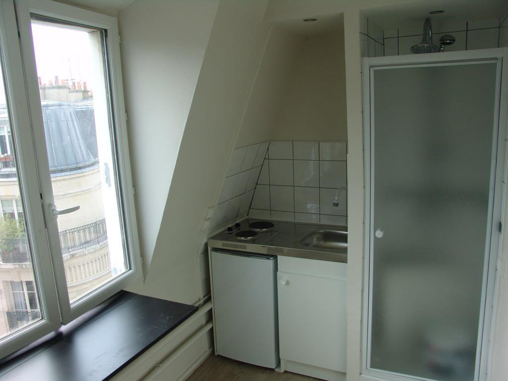 Chambre de 9m2 louer sur paris 16 location appartement for Chambre a louer sur paris