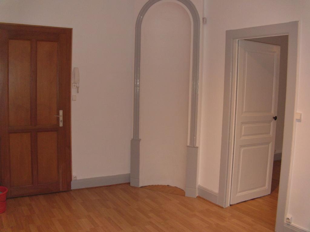 location d 39 appartement t2 de particulier nancy 480 42 m. Black Bedroom Furniture Sets. Home Design Ideas