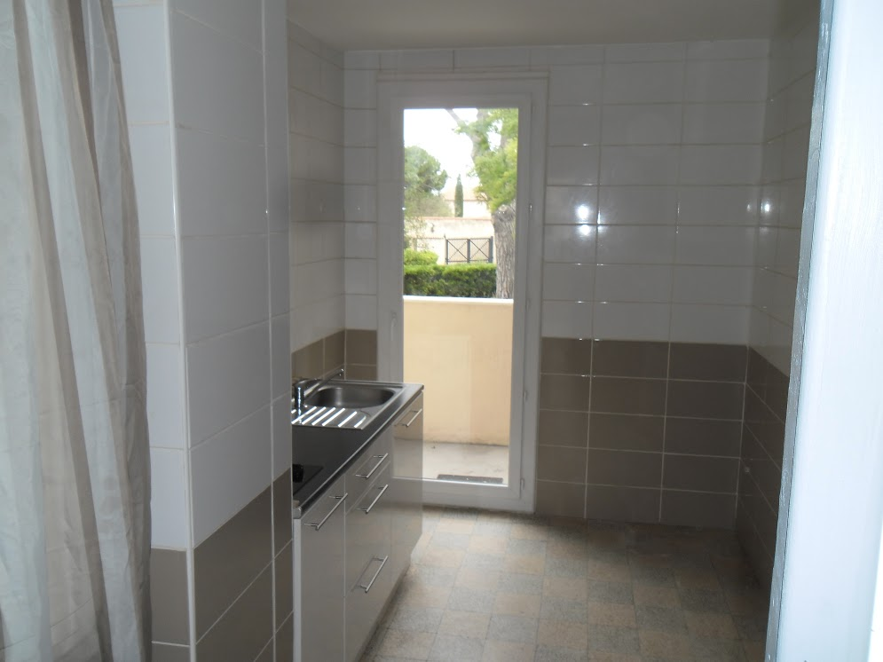 location d 39 appartement t3 entre particuliers marseille 13010 680 56 m. Black Bedroom Furniture Sets. Home Design Ideas