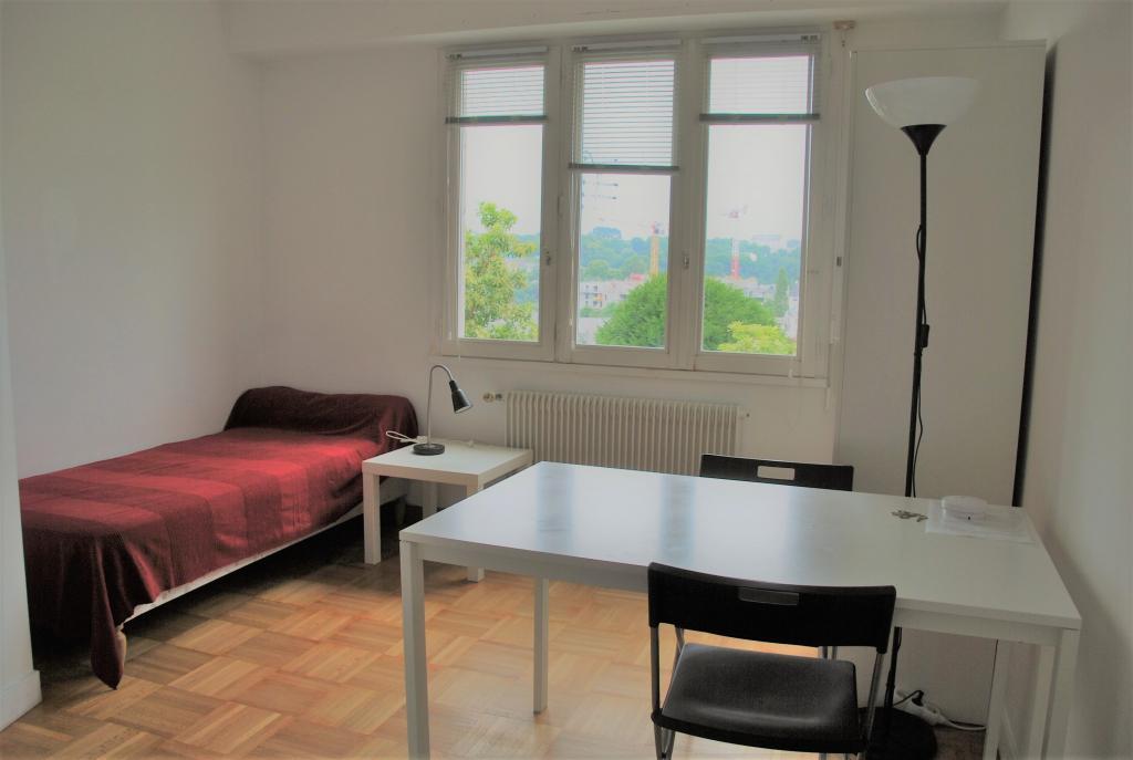 De particulier à particulier, studio, de 14m² à Sainte-Sève