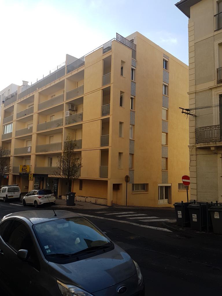 Appartement de 82m2 louer sur beziers location for Location appartement meuble beziers