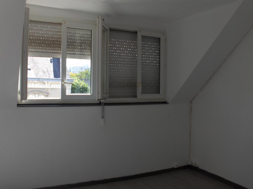 location d 39 appartement t1 de particulier particulier angers 375 35 m. Black Bedroom Furniture Sets. Home Design Ideas