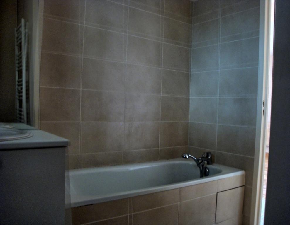 Location d 39 appartement t4 sans frais d 39 agence - Location garage villefranche sur saone ...