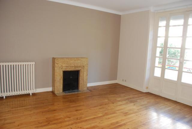 location d 39 appartement t3 entre particuliers lorient. Black Bedroom Furniture Sets. Home Design Ideas