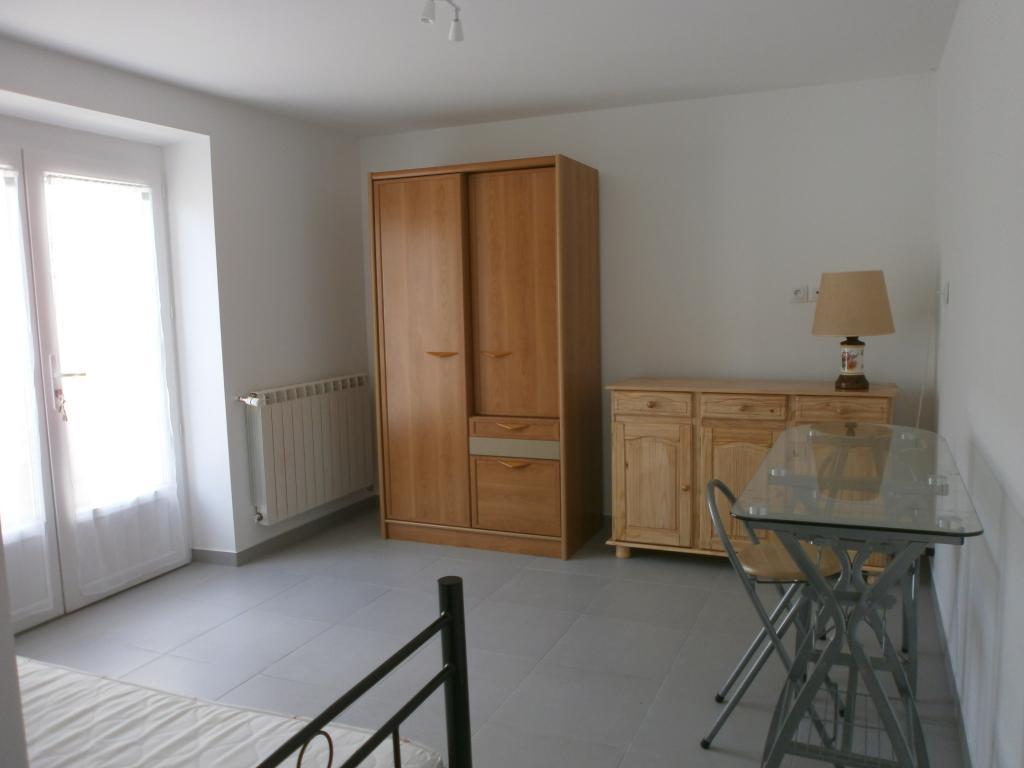 Location appartement entre particulier Clairoix, de 21m² pour ce studio