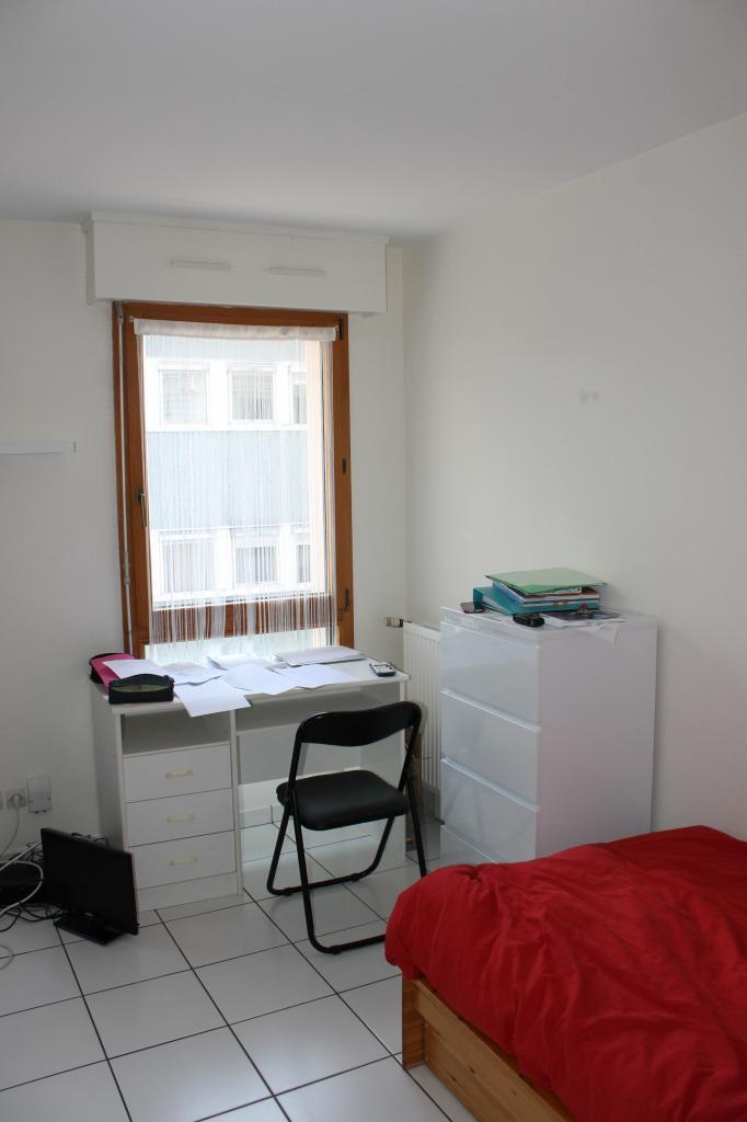 location d 39 appartement t1 meubl sans frais d 39 agence nantes 490 29 m. Black Bedroom Furniture Sets. Home Design Ideas