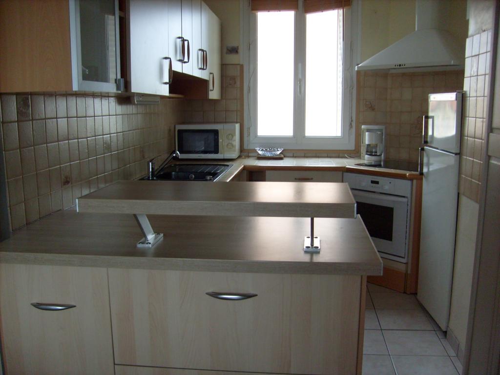 offre chambre en colocation lyon 8 490. Black Bedroom Furniture Sets. Home Design Ideas