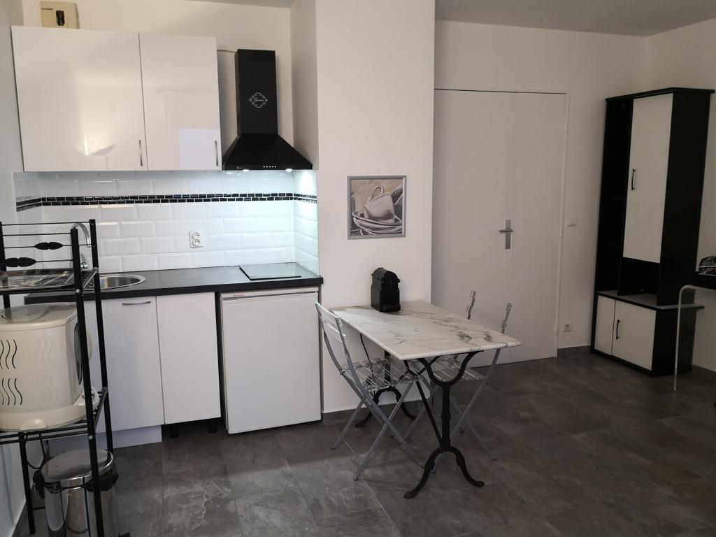 Location particulier à particulier, studio à Montigny-le-Bretonneux, 30m²