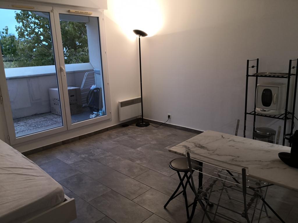 Location de studio meubl entre particuliers montigny le - Cabinet medical montigny le bretonneux ...