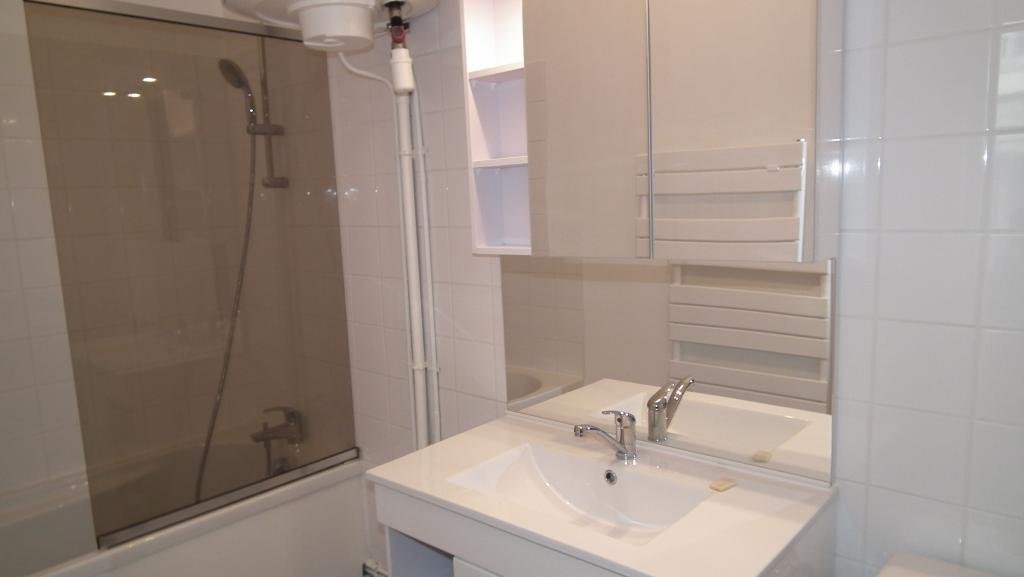 Location de studio meubl entre particuliers nancy 530 for Location meuble nancy