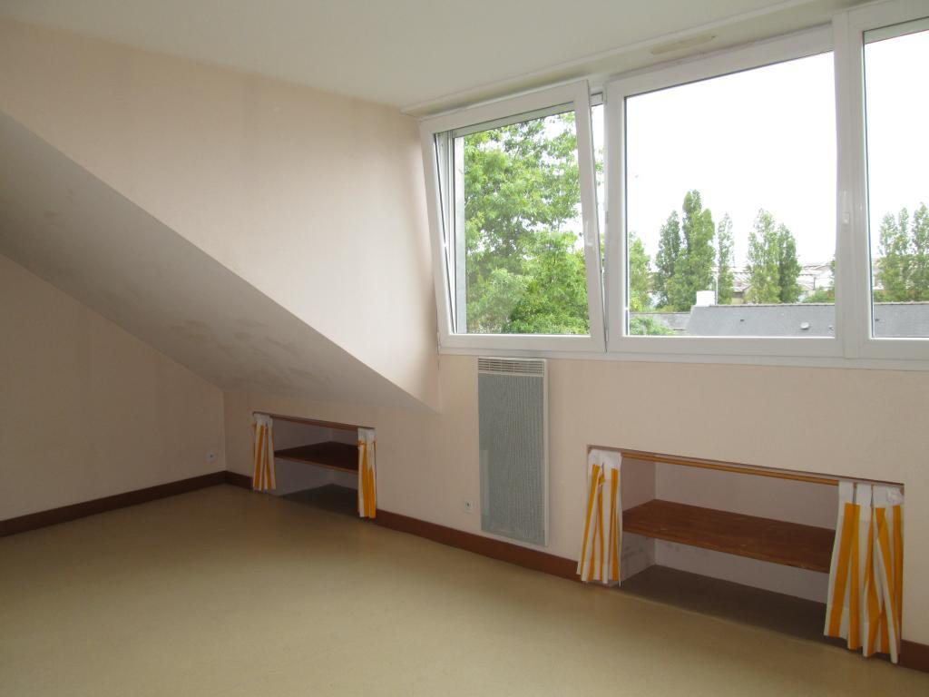 location de studio sans frais d 39 agence nantes 403 23 m. Black Bedroom Furniture Sets. Home Design Ideas