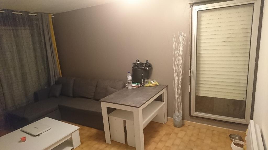 Location d 39 appartement t1 de particulier montpellier for Location appartement atypique montpellier