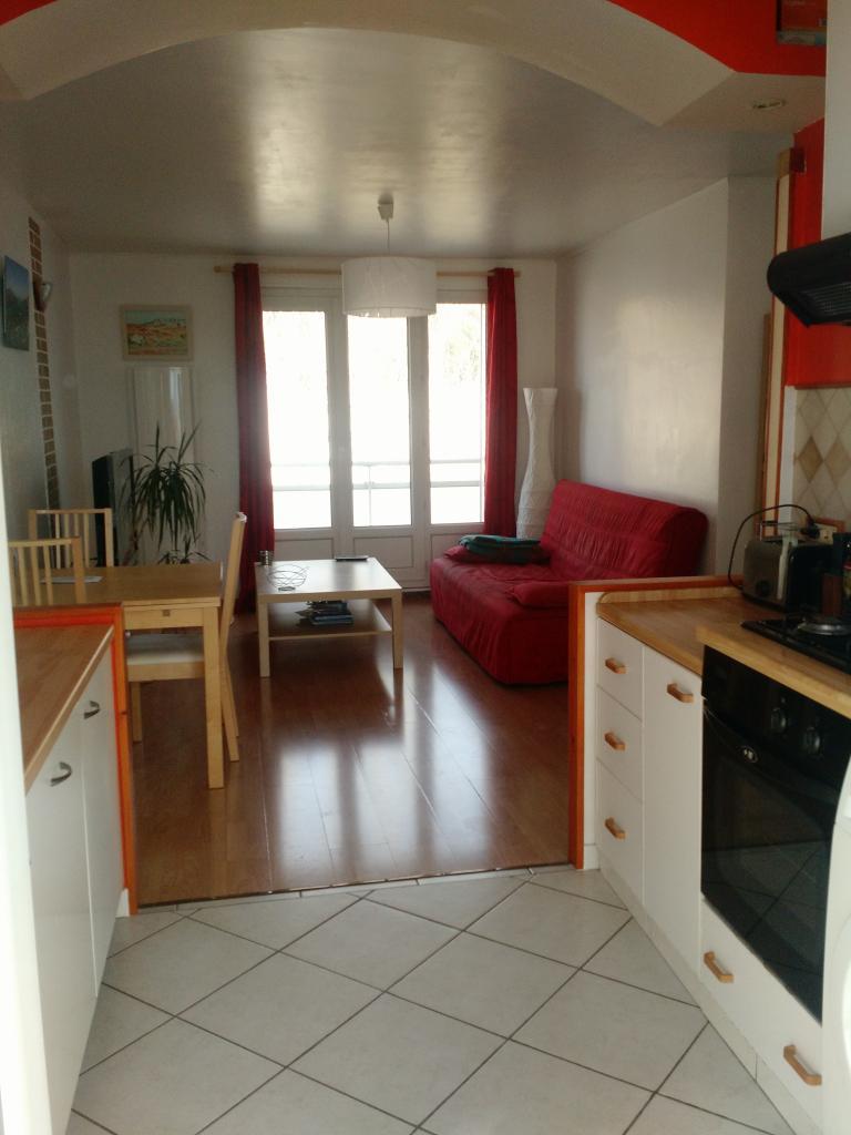 location d 39 appartement t3 sans frais d 39 agence st martin d 39 heres 620 52 m. Black Bedroom Furniture Sets. Home Design Ideas