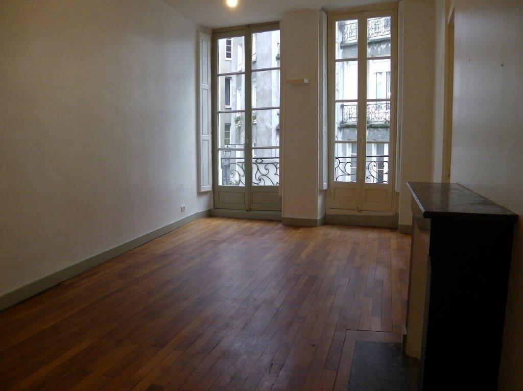 location d 39 appartement t3 sans frais d 39 agence nantes 897 63 m. Black Bedroom Furniture Sets. Home Design Ideas