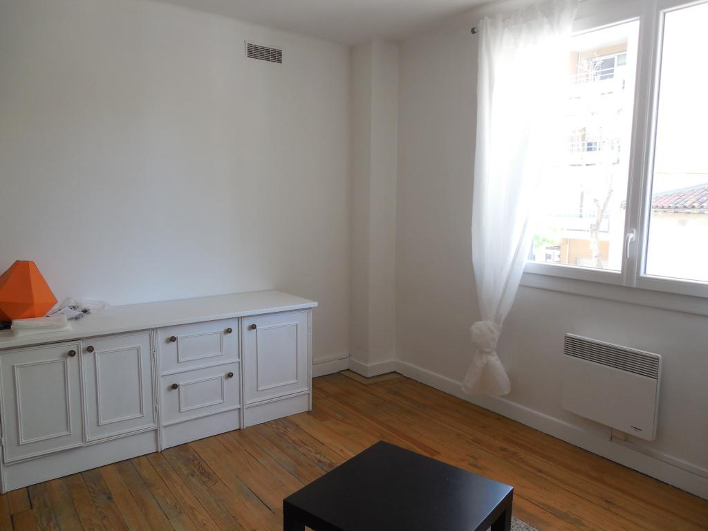 Location d 39 appartement t3 meubl de particulier for Location garde meuble toulouse