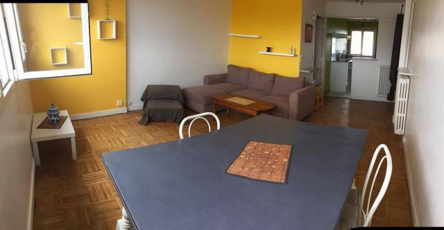 location de 4 pi ces meubl sans frais d 39 agence lorient 580 70 m. Black Bedroom Furniture Sets. Home Design Ideas