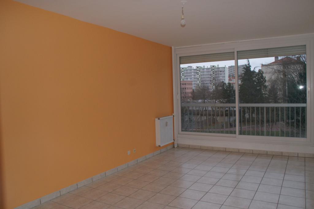 Location d 39 appartement t2 sans frais d 39 agence st etienne for Location appartement sans frais agence