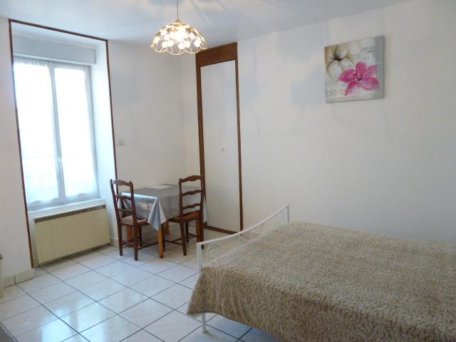 Location De Studio Meublé Sans Frais Dagence à Limoges 370 25 M²