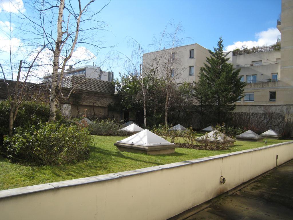 Location de studio meubl de particulier paris 75012 for Location studio meuble paris 15